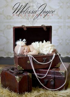newborn photography by jayne More #PhotographyProps