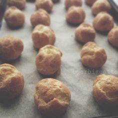 BperBiscotto: {Pasta choux, la pasta per bigne', eclair, religieuse e Paris-Brest} Le basi della pasticceria parte VI - pate à choux - choux pastry