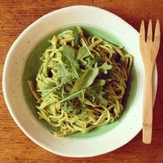 Pesto Pasta  Three cooked vegan meals today. First time in about a year and a half. Started with a banana peach cinnamon smoothie followed by a blueberry fig porridge for breakfast then a Thai jasmine rice with pak choi courgette mushroom soy sauce lunch. Did a bit of garden work and now savouring a gluten free spaghetti with homemade pesto. Sister @margaridafabreu has just boarded her flight back home. I will miss her... #pesto #rawpesto #pasta #spaghetti #glutenfree #dinner #vegan…