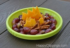 Campfire fun crunch snack