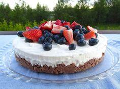 Hvít súkkulaði skyrterta með Maltesers-botni - Gott í matinn Cheescake Recipe, Cheesecake, No Bake Desserts, Dessert Recipes, Something Sweet, No Bake Cake, Baked Goods, Deserts, Food And Drink
