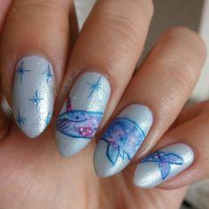 """Polubienia: 157, komentarze: 13 – Jagoda  Ягода (@paznokcie_jgd) na Instagramie: """"Taki oto galaktyczny wieloryb-jednorożec pojawił się na moich paznokciach w zwiazku z dniem #19…"""" Nails, Beauty, Finger Nails, Ongles, Beauty Illustration, Nail, Nail Manicure"""