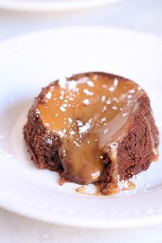 Perfectly gooey lava cake taken to the next level with a delicious salted caramel filling. Topped with ice cream and more caramel, this is a decadent dessert everyone is bound to love. Chocolate Coca Cola Cake, Chocolate Desserts, No Cook Desserts, Delicious Desserts, Sweets Recipes, Yummy Recipes, Keto Recipes, Dinner Recipes, Lava Cake Recipes