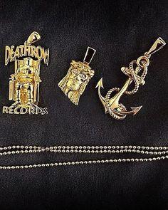 Deathrow Tupac pendant with free chain gold silver now live on https://www.bijouteriegonin.com jesus piece chain pendant necklace #jewelry#jewellery#necklace#chain#bracelet#gold#silver#platinum#sterlingsilver#10k#14k#18k#24k#24kjewelry#diamond#ring#vvs#bezel#versace#herringbone#cubanlink#miamicubanlink#figaro#goldfilled#goldplated#solidgold#cartier#micropave#pendant#kilo#jesuspiece #bapenecklace #bapependant