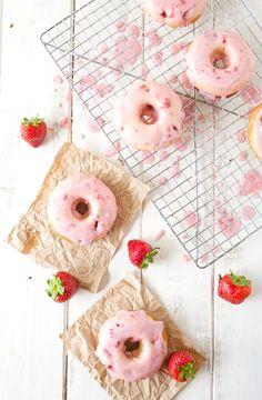 Strawberry buttermilk donuts recipe