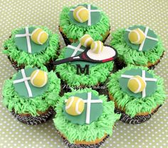 Cupcakes with court of tennis, ball & racquet