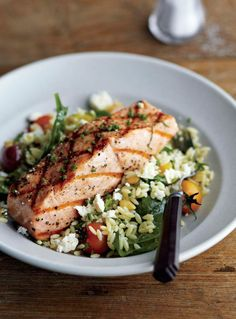 Recipe: Grilled Salmon with Orzo, Feta, and Red Wine Vinaigrette . A great salmon recipe for a dinner party or when you need to impress. Switch out the orzo for quinoa and it will be gluten free. Fish Recipes, Seafood Recipes, Cooking Recipes, Healthy Recipes, Tilapia Recipes, Cooking Tips, Salmon Recipes, Delicious Recipes, Red Wine Vinaigrette