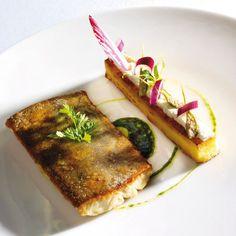 Omble chevalier des Cévennes cuit façon meunière, polenta croustillante et chèvre charolais frais
