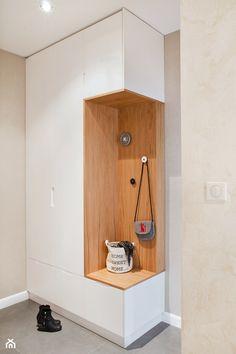 Średni hol / przedpokój, styl minimalistyczny - zdjęcie od Qbik Design