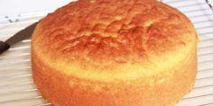 Préparation : Préchauffez le four à 180°C (th 6). Mélangez la levure à la farine, puis Séparez les blancs des jaunes d'oeufs, et montez les blancs en neige avec une pincée de sel Quand ils sont très fermes, ajoutez le sucre et battez encore. Baissez la vitesse du robot et ajoutez d'un