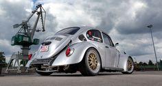 VW Bug - performance modification - Jörgs Little Bomb: Renn-Bug mit Laufsteg-Qualitäten! - Auto der Woche - VAU-MAX - Das kostenlose Performance-Magazin
