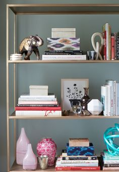 7 Secrets to a Perfectly Styled Bookcase