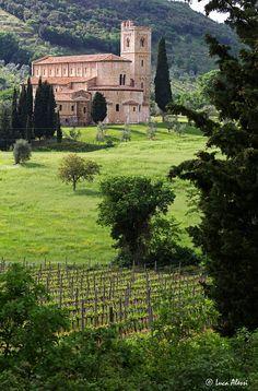 Sant'Antimo abbey, Castelnuovo dell'Abate, Siena, Tuscany, Italy