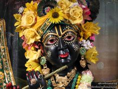 http://harekrishnawallpapers.com/sri-nilamadhava-close-up-iskcon-houston-wallpaper-006/