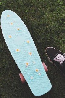 penny board You can find Penny boards and more on our website. Penny Skateboard, Skateboard Deck Art, Skateboard Design, Skateboard Girl, Skateboard Tumblr, Skateboard Pictures, Surfboard Art, Images Murales, Skate Girl