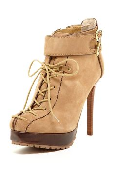 Normally I don't like these type of boots (reminds of construction boots) but I love these!