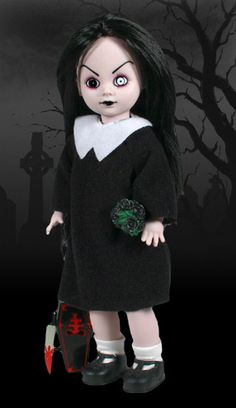 Sadie The first Living Dead Doll ever created. No one cared how she turned up dead. So Sadie chose to rise instead. Being easily forgo. Scary Halloween, Halloween Crafts, Creepy Doll Costume, Scary Dolls, Zombie Dolls, Julie Campbell, Black Bouquet, Dead Hair, Sculptures