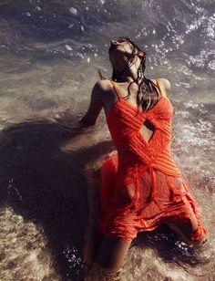 Victoire Mac-Dauxerre byBenny Horne / Wonderland Magazine