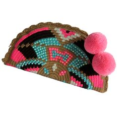 Mamacita Abanico Wayuu Clutch. Handmade and Fair Trade  Wayuu Clutches – LOMBIA & CO. | www.LombiaAndCo.com