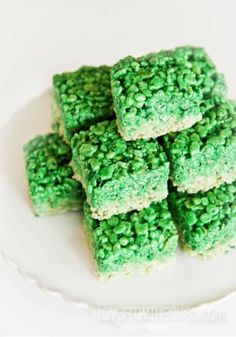 Ombre Rice Krispies Treats make a great festive St. Patrick's Day snack.