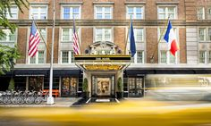 Stop at The Mark Hotel to discover the wonders of New York (NY). The hotel has everything you need for a comfortable stay. Take advantage of the hotel's room service, free Wi-Fi in all rooms, daily housekeeping, wheelchair accessible, taxi se Hotel A New York, New York Hotels, New York City, Five Star Hotel, 5 Star Hotels, Best Hotels, Luxury Hotels, Lower East Side, Four Seasons Hotel