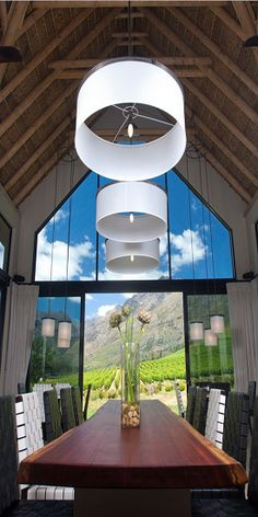 Banhoek Valley - Cape Town (wine country)