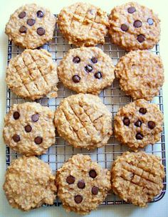 Peanut Butter Banana Oat Breakfast Cookies with Carob/Chocolate Chi...