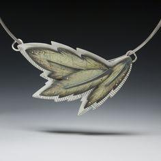 o_3 leaf necklace 72dpi