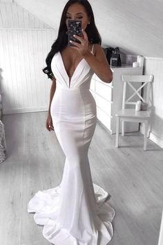 Mermaid V-Neck Long Prom Dresses Formal Evening Gowns 6011021 V Neck Prom Dresses, Mermaid Evening Dresses, Evening Gowns, Dresses With Sleeves, Formal Dresses, Wedding Dresses, Formal Prom, Formal Wedding, Evening Party