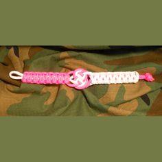 Coin Knot Center Paracord Bracelet