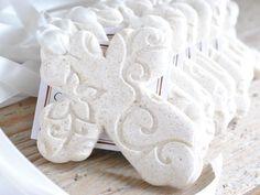 Personalized Imprinted Cross Baptism Favors with Ribbon Set of 10 Wholesale Salt Dough Napkin Ring Ornaments Christening Favors, Baptism Favors, Communion Favors, Baptism Party, Christening Gowns, Salt Dough Ornaments, Homemade Ornaments, Clay Ornaments, Ornament Crafts