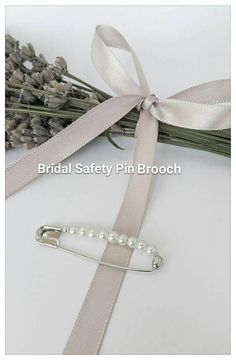 Check out this item in my Etsy shop https://www.etsy.com/uk/listing/539689412/48cm-long-bridal-safety-pin