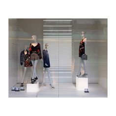 997a6717e6 46 Best My windows images in 2019 | Window displays, ZARA, Display cases