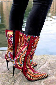 mola print shoes