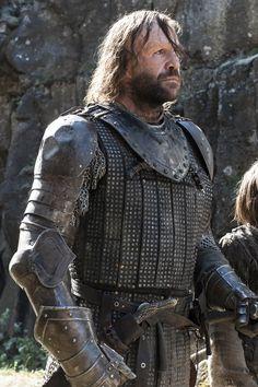 The Hound [Game of Thrones Season 4, Episode 8 HQ Stills]