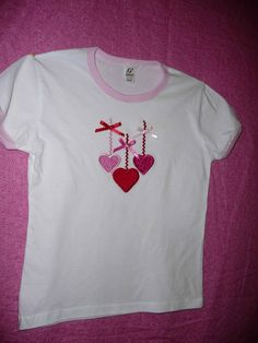 Hanging Hearts Valentines Day T Shirt. Iron-on hearts, rick-rack and bows, easy DIY idea