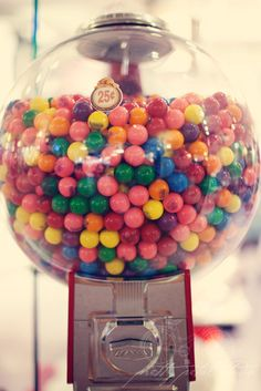 Bubble Gum is an example of a sticky food to avoid. Modern Teen Bedrooms, Bazooka Bubble Gum, Bubble Gum Machine, Gumball Machine, Summer Photography, Foods To Avoid, Types Of Food, Sprinkles, Bubbles