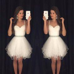 2016 Modest Vestidos De Baile Curto Branco do Regresso A Casa Vestidos de Cintas de Espaguete Frisada Cristais Ruffles Graduação Vestido de Festa Real Pic em Vestidos do baile de finalistas de Casamentos & Eventos no AliExpress.com | Alibaba Group