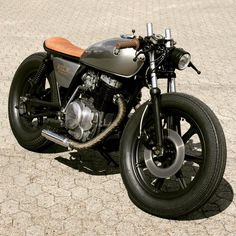 1978 Yamaha XS400 brat cafe by Relic Motorcycles
