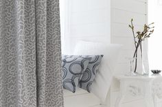 #London #essente #nieuwe collectie #gordijnstoffen #gordijnen #interieurdecoratie #raamdecoratie #onlinegordijnen #opmaatgemaakt #goedkopegordijnen #gordijnstof #gordijnstofbestellen #effengordijnen #kantenklaar #curtains #fabrics #curtainsonline