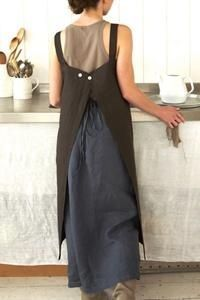 Fog Linen Work Apron.  Must work out a pattern for this one.