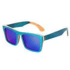 Lunettes de soleil en bois bleu ciel d'été  http://www.dagobear.com/lunettes-soleil-bleues.html