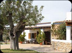 El agroturismo Vinya D'en Palerm se prepara para la temporada 2014 en Ibiza con un nuevo concepto de bar http://www.rural64.com/st/turismorural/El-agroturismo-Vinya-Den-Palerm-se-prepara-para-la-temporada-2014-en-I-4104