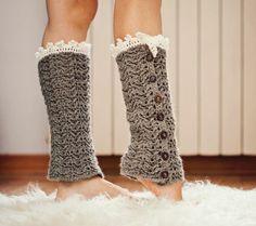 Crochet pattern - Luxury Leg Warmers, lace, buttoned, chevron pattern.