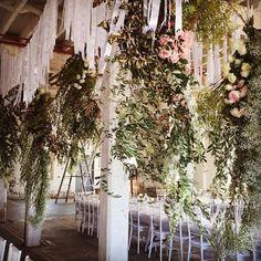 RG @wedminau via https://instagram.com/p/5-n-gIRImR/  Gorgeous hanging florals by @aleksandradiary #wedmin