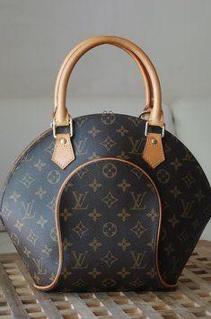Louis Vuitton Ellipse Pm Bag - Satchel $408