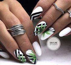 Nail Art Ideas to spice up your manicure - Esther Adeniyi nageldesign 2019 Nail Art Ideas to spice up your manicure - Esther Adeniyi Manicure Nail Designs, Manicure E Pedicure, Beach Pedicure, Fall Pedicure, Manicure Ideas, Nails Design, Fabulous Nails, Perfect Nails, Flower Nail Designs