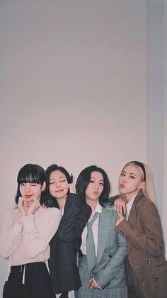 Kim Jennie, Mamamoo, Lisa Park, Blackpink Icons, Blackpink Poster, Lisa Blackpink Wallpaper, Black Wallpaper, Blackpink And Bts, Blackpink Video