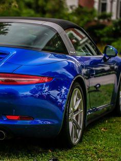 Porsche 911 Targa Source by Porsche Sports Car, Porsche Cars, Super Sport Cars, Super Cars, Sexy Cars, Hot Cars, Porsche 911 Targa 4s, Porche 911, Carrera