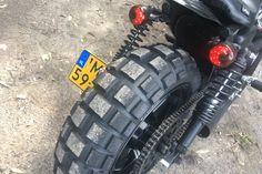 "Harley Davidson Sportster 1200 • Scrambler • Dirt Tracker • Flat Tracker • Bobber Harley Davidson - custom built • Sportster 1200 • Shaw Speed and Custom style • S&S Shorty Super ""E"" Carburetor • K&N Performance Air Intake System • MCS wide tire kit XL • Le Pera • Continental TKC80 Twinduro 180/55-17 & 120/70-17 • 3 in 1 smoke taillight • Daymaker koplamp headlight / angel eye • Koni shocks • Upside down • Tokico • Bar end blinkers • Koso side mount"